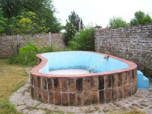 Qu modelo de pileta elijo para mi casa dise os colores for Modelos de piscinas de material