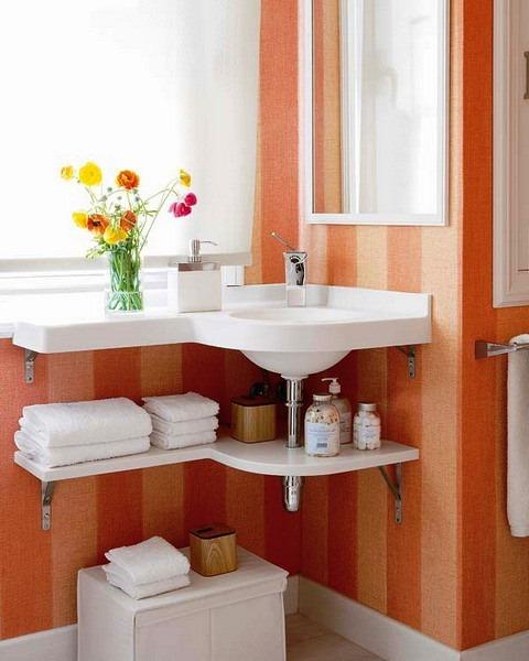 storage-ideas-small-bathroom-15