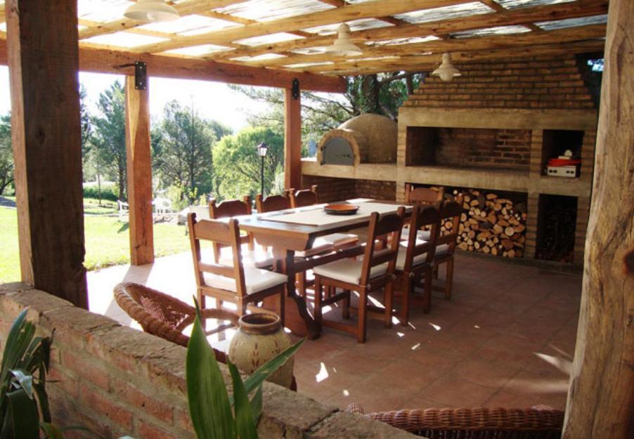 1389802202_589079450_4-Casa-de-categoria-parque-con-piscina-y-quincho-Alquiler-Temporario-Vacaciones