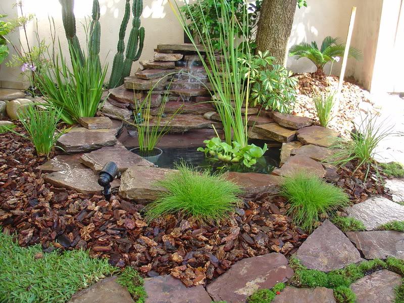 C mo hacer una cascada de pared for Como hacer un estanque en casa
