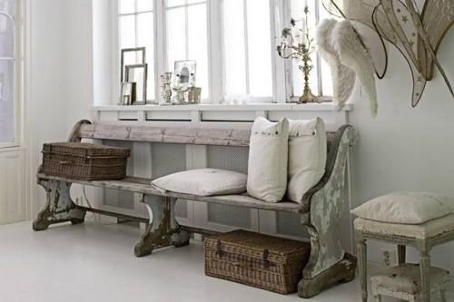 banco de madera pintado gris desgastado