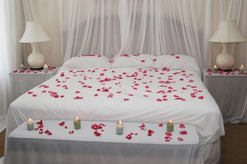Mobiliario-para-una-habitación-romántica