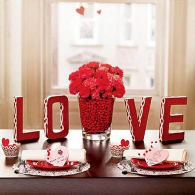 Cómo-Decorar-la-Mesa-en-el-Día-de-San-Valentín-1
