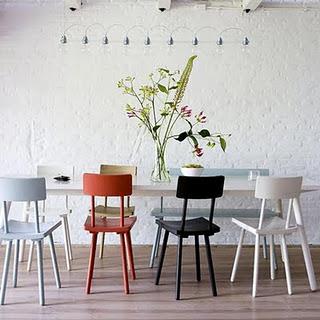 comedor-sillas-de-colores8