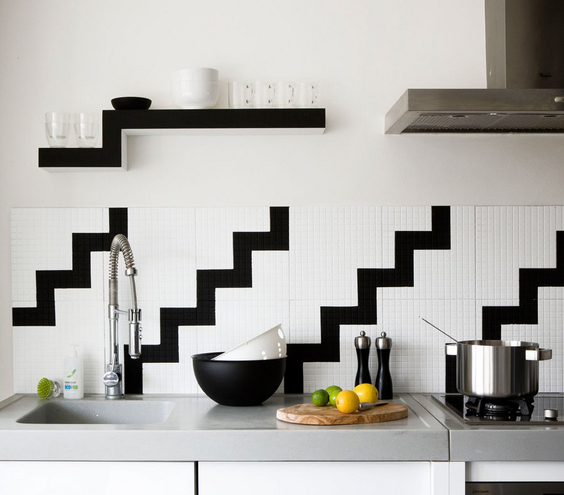 black-white-backsplash_300