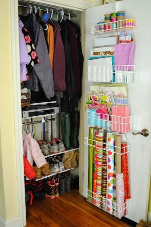 zzipcreative-diy-small-space-saving-closet-organization-ideas-for-small-homes-apartments