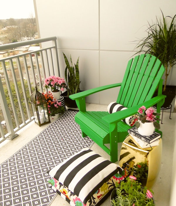 Small-balcony-makeover-DIY-from-Home-Depot