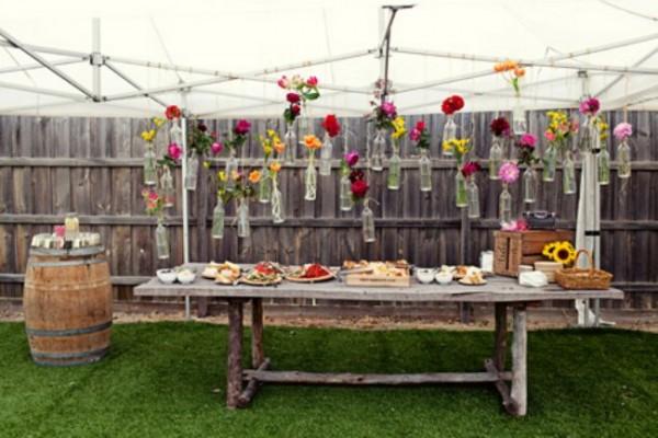 decorar_jardin_botellas_recicladas