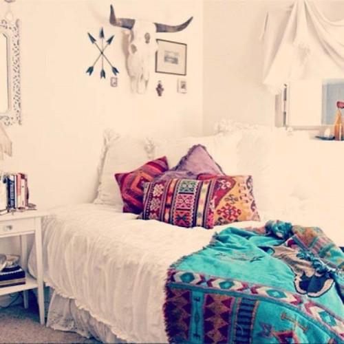 zascharming-boho-bedroom-ideas-6
