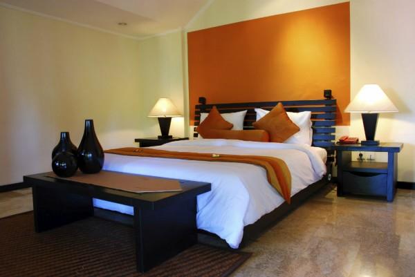 Ideas-para-decorar-en-azul-y-naranja-1