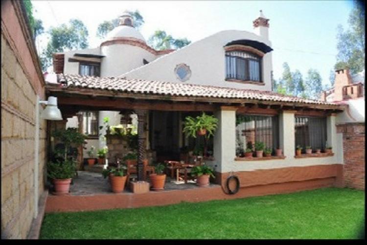 rento_casa_estilo_colonial_moderno_en_balcones_de_santa_maria_casa_en_renta_en_morelia_100713669018362011